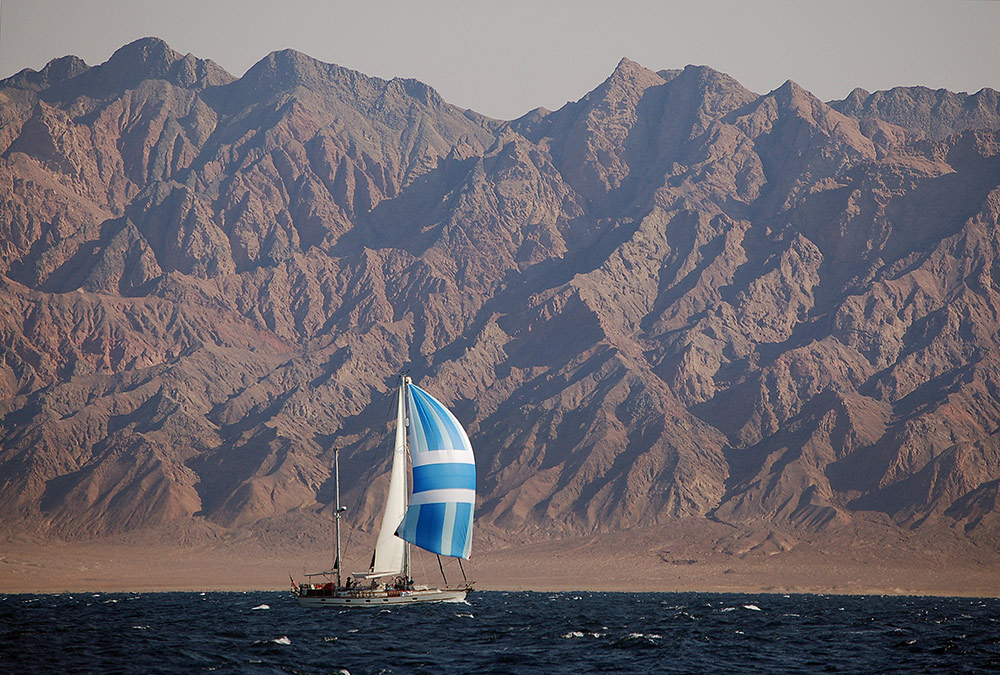 Esper running down-wind in the northern Red Sea, Sinai. Photograph: O'Kayam