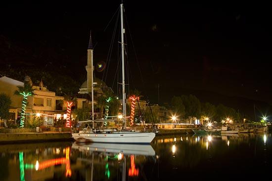 Esper in the harbour of Bozburun