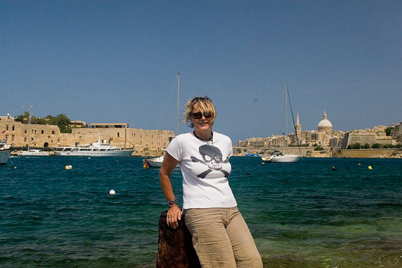 Liz, with Rama in the background to the left, and Valletta to the right