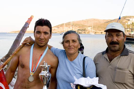 The winner, Celal, with his parents. His mum was so proud she was in tears! We emailed these shots to Celal and received a very polite response. Such nice people!