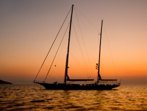 Leaving the anchorage of Tilos
