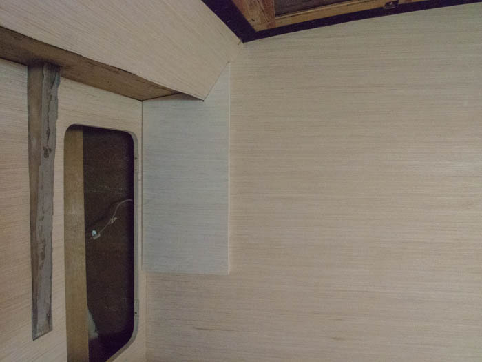 Veneer and varnishing